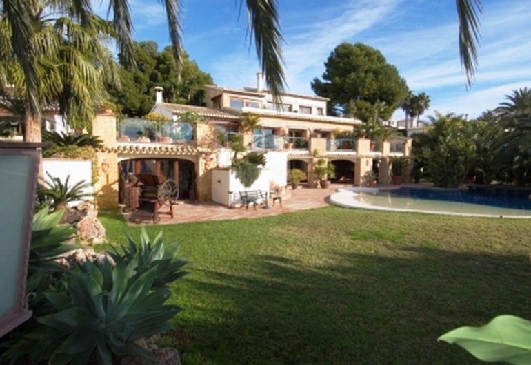 Detail image of Villa for sale in Moraira / Spain #10134